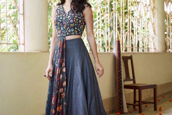 A Symmetrical Croptop & Skirt