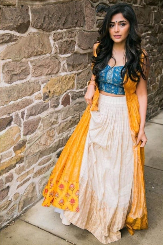Yellow & Off White Lehenga - Cape Set