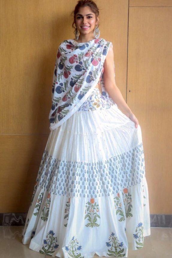 Off White Jaipuri Lehenga