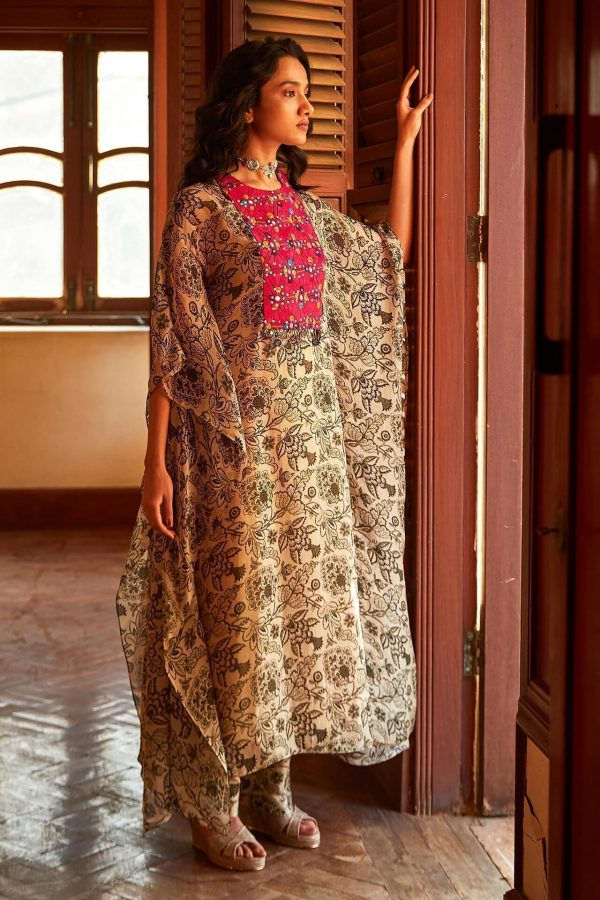 Green Floral Kaftan With Colourful Patch